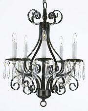 Deckenlampen und Kronleuchter aus Eisen