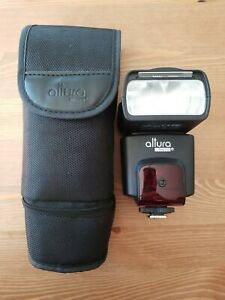 Altura Photo Shoe Mount Flash for Nikon with case  -Like  NEW Free Shipping