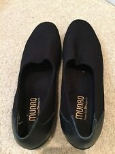 Munro Traveller Black Slip On Stretch Fabric -US 10-Made in USA - Excellent cond