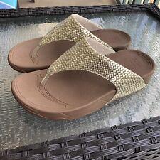 FitFlop Women's Lulu Weave Pale Gold Flip Flop Wedge Platform Sandals Size 7