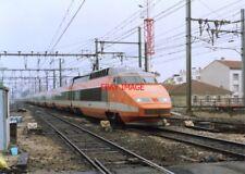 PHOTO  FRENCH TRAIN - ORANGE TGV NR  AVIGNON