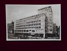 Ansichtskarte Stuttgart, Mitternacht - Bau mit vielen Geschäften, Echtfoto 1931