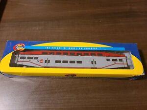 Athearn Caltrain Bombardier Control Car #223 2568 Train (A87)