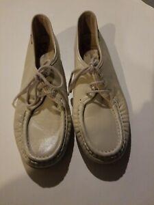 Women's SAS Shoe Lace-up Leather Beige Soft Step Heel NEW Sz 9.5