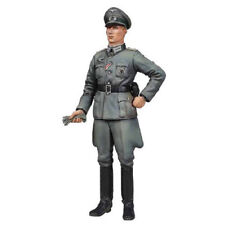 TAMIYA 36315 Wehrmacht Officer 1:16 Military Model Kit Figures