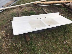 Antique Double Basin & Drainboard Porcelain Cast Iron Kitchen Farm Sink 6 Feet