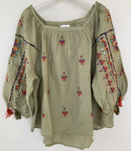 """NWT Sundance Catalog Green Embroidered """"Journey In Spirit Top"""" Size M $148"""