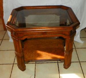 Oak Glass Top End Table / Side Table by Henredon  (T646)