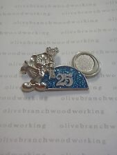 2008 Tokyo Disneyland 25th Anniversary Mickey Mouse With Key Disney Ears Hat Pin