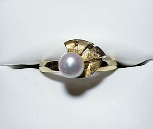 Vintage 14K Yellow Gold 6 mm Pearl Dinner Ring Size 6/ Anillo de Oro