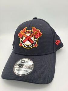 Atlanta Braves Hat New Era 39Thirty Flex Fit Cap Size M/L Navy Red Tomahawk 1871