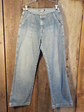 Silver Jeans Size 29 / 33 inseam Narrow waistband Back flap pockets Retro