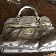 Coach classic signature tote bag