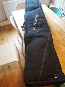Dakine Snowboard Bag with wheels