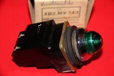 TELEMECANIQUE XB2.MV743  Leuchtmelder grün BA7s   NEU
