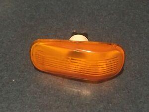 OEM Saab 900 9000 9-3 9-5 fender amber orange signal marker light lens side
