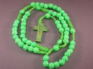 Rosary Necklace 9mm Rose Beads Macrame Accents Gold Trim Crucifix GREEN Nice!
