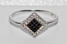 9ct White Gold Black & White Diamond Ladies Ring - size M - UK Hallmarked