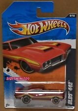 HOT WHEELS 2011 MUSCLE MANIA OLDS 442 RED