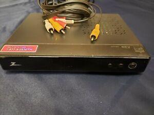 Zenith TV Tuner Converter Box DTT901 DTV to Analog with AV Cable