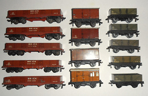 HORNBY DUBLO 3-RAIL NE WAGONS X 14
