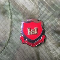 US ARMY ENGINEER CORPS ESSAYONS HAT/LAPEL PIN