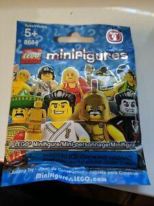 LEGO Minifigure Series 2 (8684) One Blind Bag - New, sealed