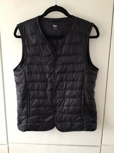 Uniqlo Ladies Gilet Size S Great Condition Down Filling