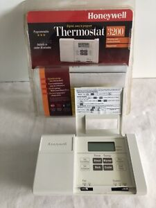 Honeywell MagicStat/32 5-2 Day Programmable Thermostat CT3200A 1001 NOT wifi