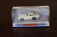 DINKY  MATCHBOX  DY-12  MERCEDES  BENZ  300 SL  GULLWING   1955