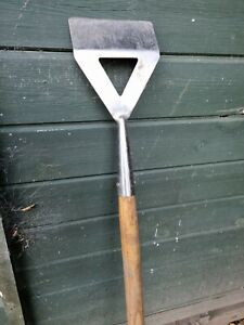 Stainless Steel Dutch Hoe Garden Digging Tool 140cm