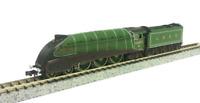 Dapol 2S-008-010 LNER A4 4482 Golden Eagle Valanced Lined Green N Gauge