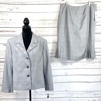 Jones Wear Women's 2PC Skirt Suit Gray/Pink Plaid Size 18 NWT