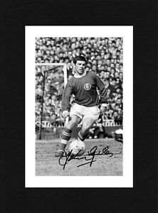 8X6 Mount JOHNNY GILES Signed Autograph PHOTO Ready To Frame LEEDS UNITED