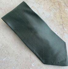 Giorgio Armani Designer Men's Gray Necktie - 100 % Silk - Made in Italy