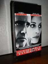 Conspiracy Theory starring Mel Gibson & Julia Roberts (VHS, 1997)