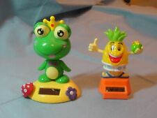 Lot of 2 Solar Dancing Toys - Frog and Pineapple