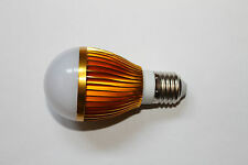 ** NEU ** 9 Watt LED Highpower Sparlampe Blub Birne CREE E27 ** NEU **