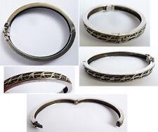 Petit bracelet d'enfant en argent massif  19e siècle Silver
