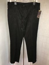"""Multiples Women's Sz 18 Black Embossed Design """"Wild @ Heart"""" Stretch Jeans NWT"""
