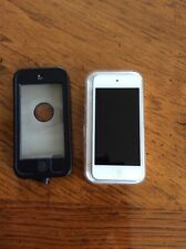 Apple iPod touch 5th Generation White & Sliver (32 Gb)
