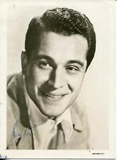 Perry Como Autograph Singer Pop Music Vocalist TV Personality Signed Photo