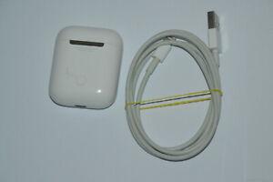 Apple A1602 Airport Ladecase 1.Generation Weiss