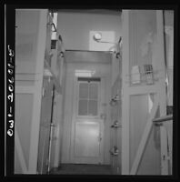 """8"""" x 10"""" Photo Clovis, New Mexico. Interior of New Caboose on The Atchison"""