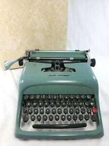 VTG 1960s Blue Olivetti-Underwood Studio 44 Portable Typewriter w/CASE