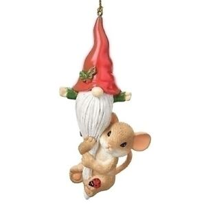 Charming Tails - Hanging With My Gnomie - Mouse with Gnome Ornament 134205