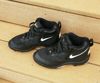 Nike Youth Boys Football Baseball Cleats Shoes Size 4.5