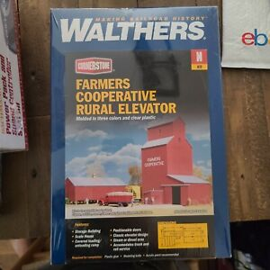 Farmers Co-op Rural Elevater Kit - Walthers #933-3238 N Scale