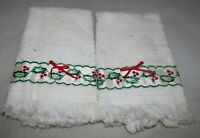 Set of 2 Holly Berry Trim Christmas Holiday Kitchen Towel Home Decor