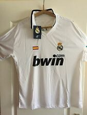 MAILLOT REAL MADRID....BLANC...TAILLE XL NEUF AVEC ETIQUETTE